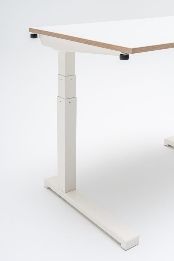 Compact Drive Office / Home Office Desk